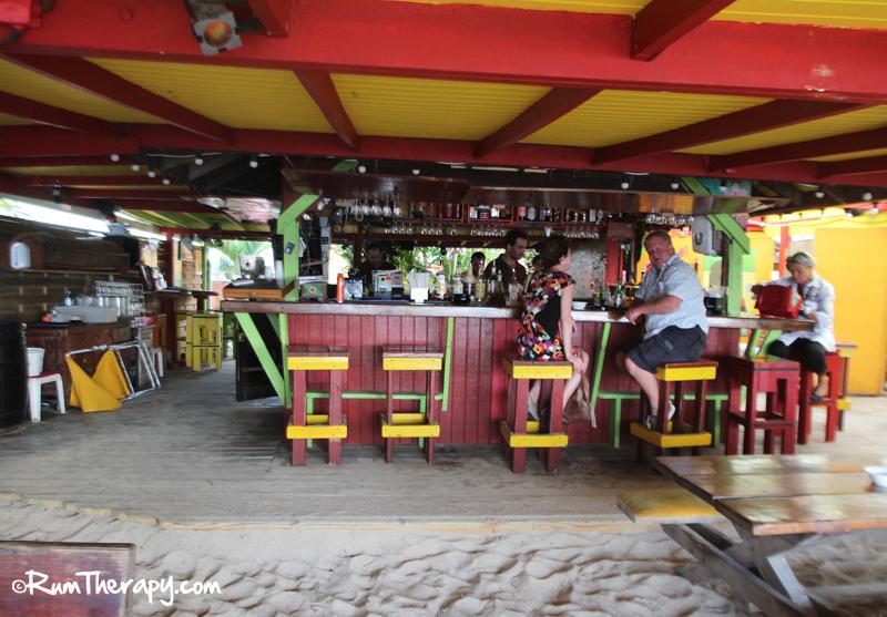 Calmos Cafe5