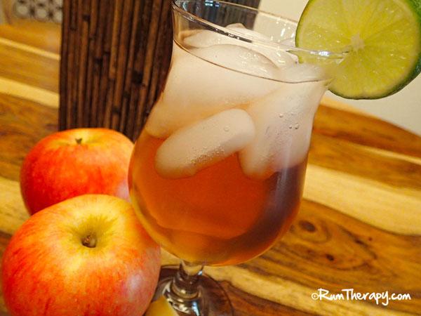 Apple-Rum-Punch--O