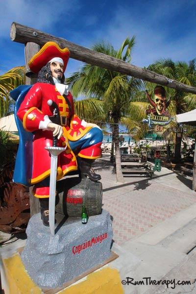 Buccaneer-Beach-Bar-2-(600)-O