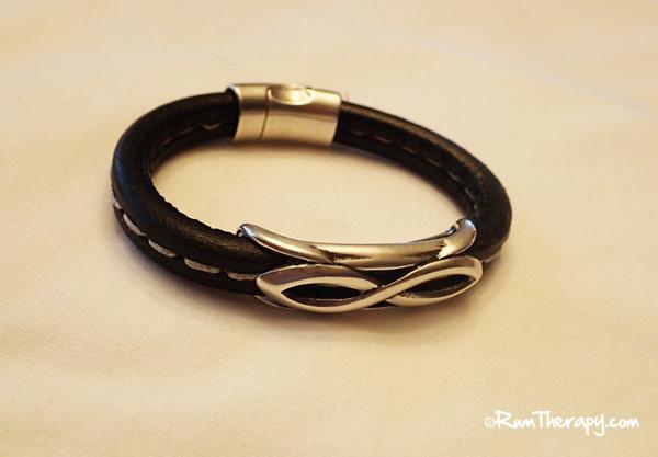 Smooth-Sail-Wristband-O